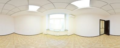 vue du panorama 360 dans l'intérieur vide moderne d'appartement, panorama sans couture de degrés Photos stock