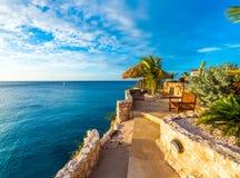 Vue du paysage marin dans Playa Lagun, Curaçao, Pays-Bas Copiez l'espace pour le texte photos stock