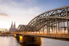 Vue du pont de Hohenzollern photographie stock