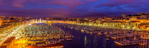 Vue du port de Vieux (vieux port) à Marseille image stock