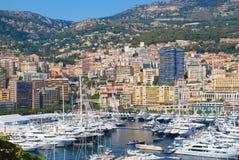 Vue du port maritime et de la ville de Monte Carlo au Monaco Photo stock
