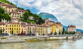 Vue du remblai à Grenoble images stock