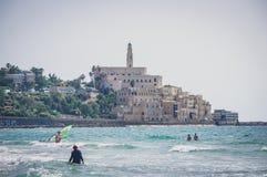 Vue du rivage de la mer Méditerranée sur vieux Jaffa, Tel Aviv, Israël photos stock