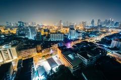 Vue du secteur de Ratchathewi la nuit, à Bangkok, la Thaïlande photos stock