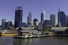 Vue du secteur financier, les bureaux et les bâtiments et les gratte-ciel commerciaux de la ville de Perth Photo libre de droits