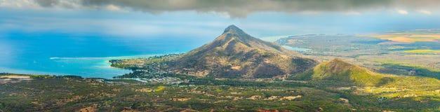 Vue du sommet le plus élevé des Îles Maurice Panorama Photo libre de droits