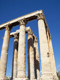 Vue du sud-est de temple olympique de Zeus, Athènes Photographie stock