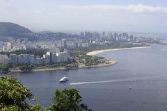 Vue du Sugaloaf à Botafogo et à d'autres disctricts de Rio de Janeiro photo stock