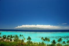 Vue du Tahiti de Moorea. Polynésie française Photo stock