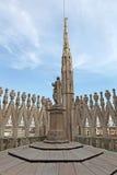 Vue du toit de Milan Cathedral Duomskogo Photographie stock libre de droits