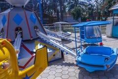 Vue du tour d'amusement d'hélicoptère, caisse enregistreuse électronique, Chennai, Tamilnadu, Inde, le 29 janvier 2017 Image stock