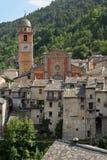 Vue du village alpin de Tende, France Photographie stock