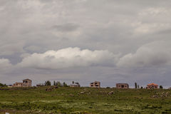 Vue du village dans les collines Images libres de droits