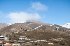 Vue du village de montagne de frontière Image stock