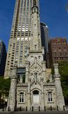 Vue Eastside de tour d'eau de Chicago images libres de droits