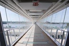 Vue en bas d'un skyway élevé Photographie stock libre de droits