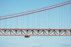 Vue en gros plan de pont du 25 avril Images libres de droits
