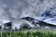 Vue en gros plan du mont Fuji dans des couleurs dramatiques, Japon photos stock