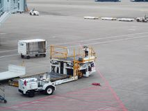 Vue en service de personnes moulues d'aéroport du bâtiment d'aéroport de MACAO Photographie stock