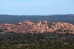 Vue enchantée de roche de sommet Photos stock