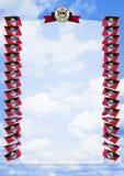 Vue et frontière avec le drapeau et manteau des bras Antigua-et-Barbuda illustration 3D Photographie stock libre de droits