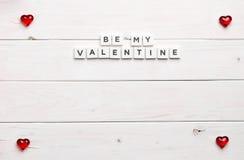 Vue et soyez ma valentine sur le fond en bois Photo libre de droits