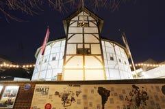 Vue extérieure de GlobeTheatre de Shakespeare Photographie stock libre de droits