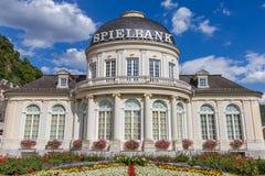 Vue extérieure du bâtiment de casino de Spielbank dans la ville mauvais SME, Allemagne de station thermale Image libre de droits