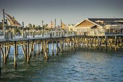 Vue extérieure du pilier sur la plage de Torrance photos stock