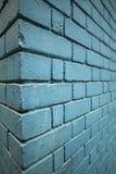 Vue faisante le coin d'un mur bleu de modèle de couleur Images libres de droits