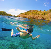 Vue fendue d'eau du fond et de surface dans les tropiques Photos libres de droits