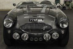 Vue frontale d'une vieille voiture d'Austin Healey 100F switzerland Photos libres de droits