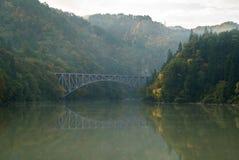 Vue Fukushima Japan de pont de feuillage d'automne d'automne première Photo libre de droits