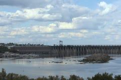 Vue générale de station hydro-électrique de Dnieper images libres de droits