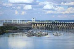 Vue générale de station hydro-électrique de Dnieper photographie stock