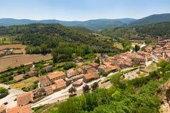 Vue générale de ville espagnole Frias, province de Burgos Photographie stock libre de droits