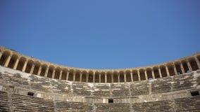 Vue grande-angulaire d'amphithéâtre antique clips vidéos