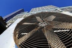 Unité extérieure Manhattan New York de Contidioner d'air urbain de la CAHT Photo stock