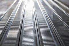Vue grande-angulaire de perspective d'aluminium moderne Photos libres de droits