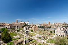 Vue grande-angulaire de Roman Forum, Rome, Italie image libre de droits