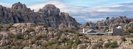 Vue grande-angulaire, formations de roche jurassiques, EL Torcal, Antequera, Espagne images stock