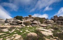 Vue grande-angulaire, formations de roche jurassiques peu communes, EL Torcal, Antequera, Espagne image stock