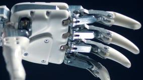 Vue haute étroite de prothèse fonctionnante automatisée clips vidéos