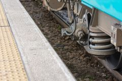 Vue horizontale de fin des amortisseurs des roues Photos libres de droits