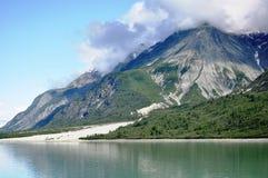 Vue idyllique de lac Photographie stock