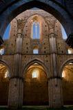 Vue intérieure d'abbaye de San Galgano photos libres de droits