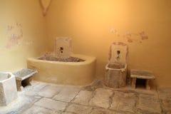 Vue intérieure de bain public turc de tabouret sur l'île de Kos en Grèce Image stock