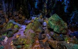 Vue intérieure de caverne de Callao de 3ème chambre avec des formations de stalactites et de stalagmites photographie stock libre de droits