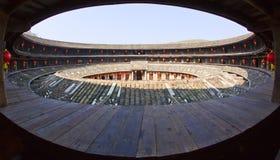 Vue intérieure de la construction ronde de la terre de Hakka Image libre de droits