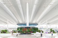Vue intérieure de terminal de T2 dans l'aéroport de Baiyun Images stock